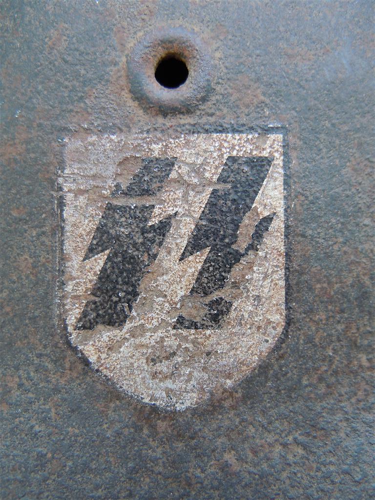 helmet SS M42 EF64 - Wehrmacht-Awards.com Militaria Forums