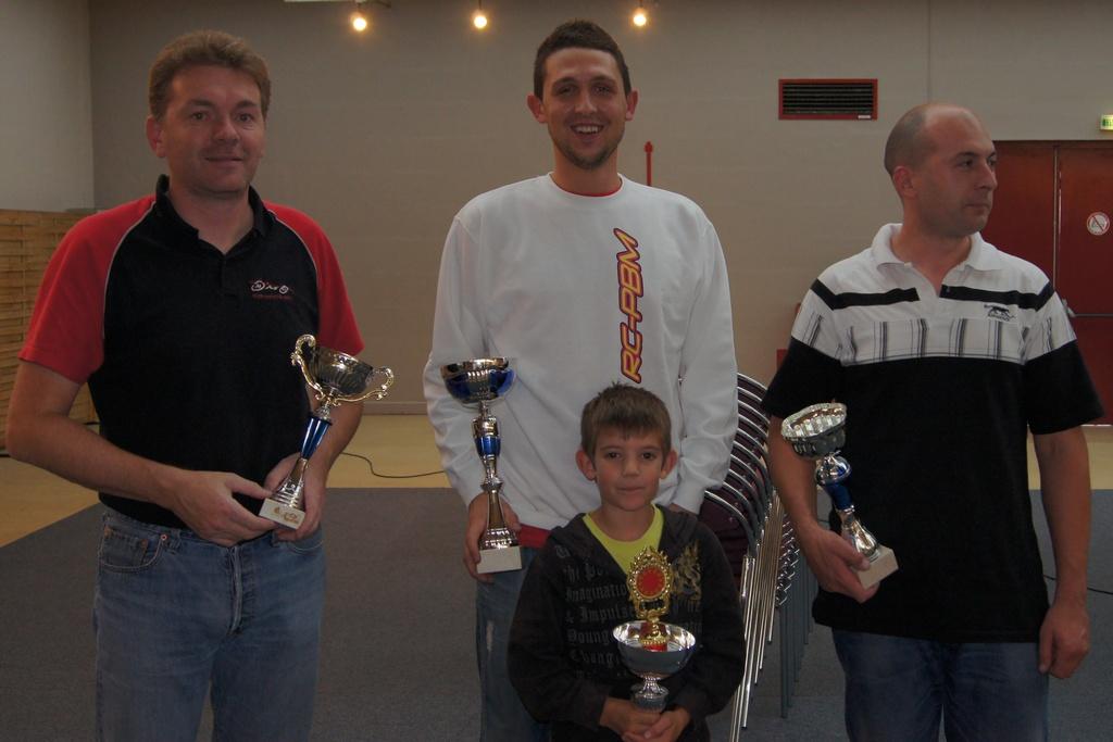 1ère manche du championnat de normandie le 25/09/2011 Podium-open-plus-jeune-2d28e57