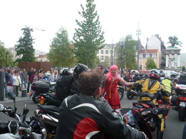 Manifestation du 18 juin à Clermont Ferrand ! P1020584-29ee6c9