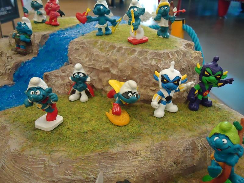 Mes petits êtres bleus Dsc01054-2b67307