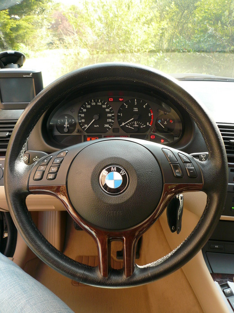 compatibilit volant e46 sur e39 bmw s rie 5 e39. Black Bedroom Furniture Sets. Home Design Ideas