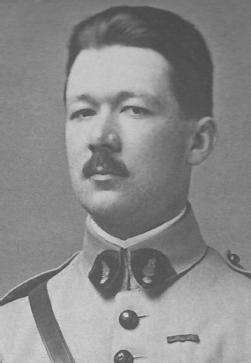 Le Général <b>Jean VERNEAU</b> est né à Vignot en 1890, il entre à Polytechnique en <b>...</b> - inconnu-2d9cc0d